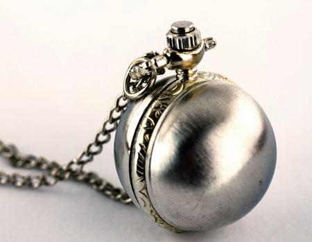 625bc84e650 Sphère métallique -montre pendentif quartz